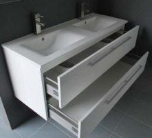 De kamer van badhandel badmeubel cheryl dit prachtige badmeubel cheryl heeft een unieke - Kamer wit houten bad ...